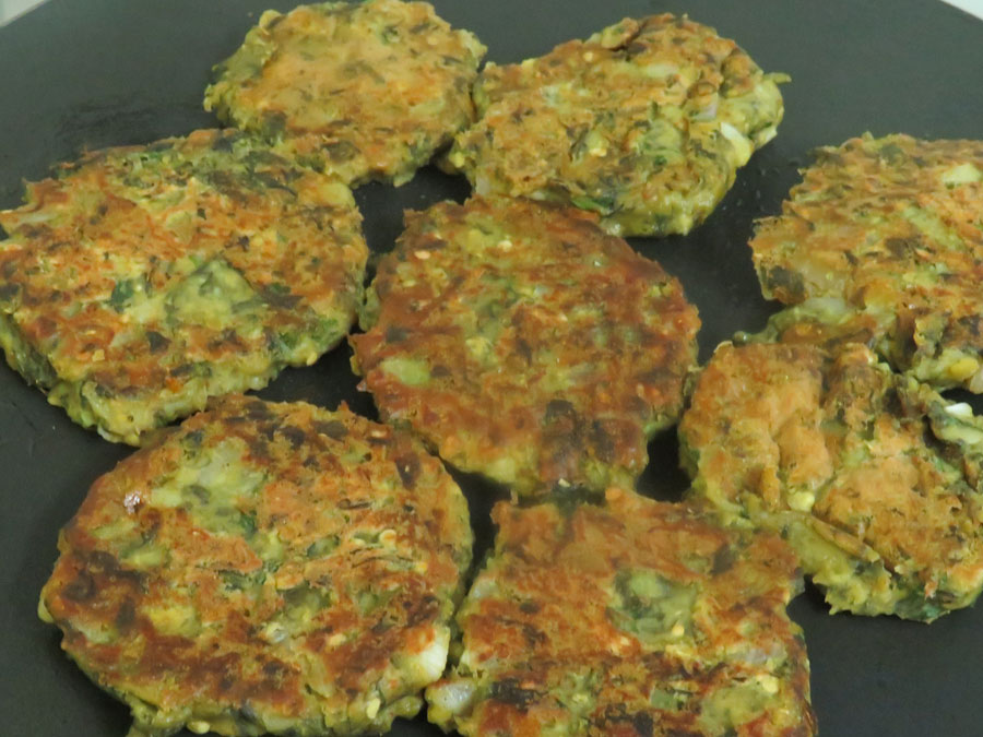 Palak tikki turned over shallow fry