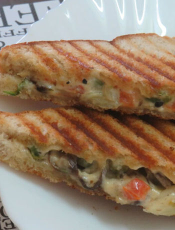 Mushroom Green Peas Sandwich