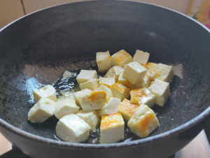 Paneer Cubes fried to golden edges