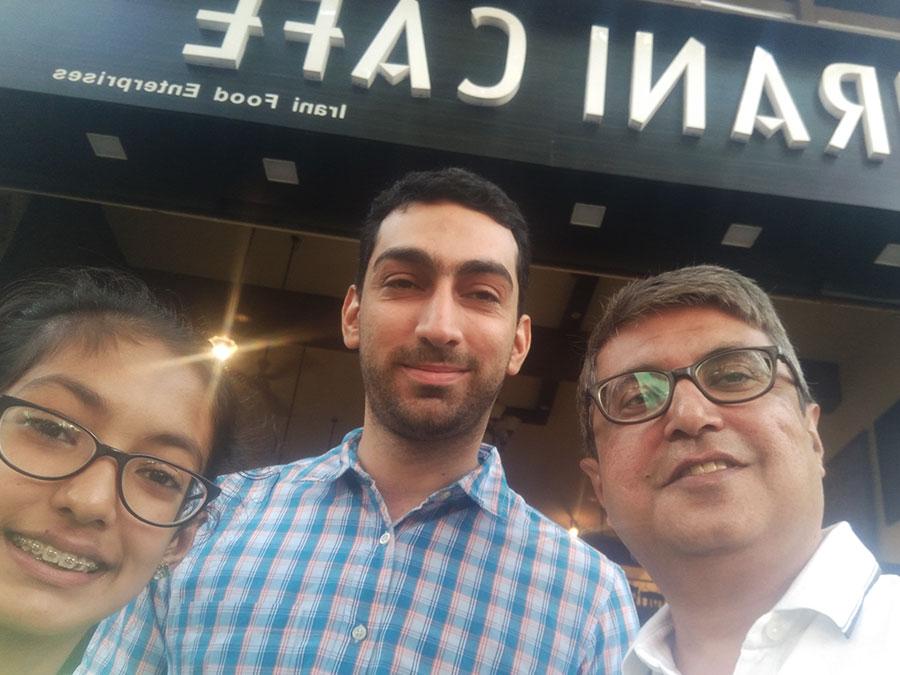Dushyant and Khushi with Mokhtar Yaveri of The Irani cafe Kalyani Nagar